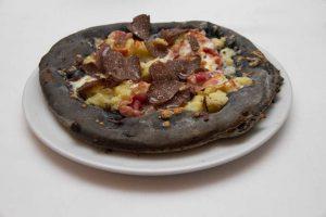 pizza-nera-960x639